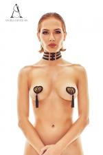 Collier harnais Ritmo - Angels Never Sin : Collier fantaisie fetish formé de trois bandes ajustables reliées par des petits anneaux dorés.